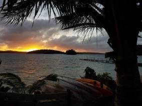 countryhorizons_tonga_reefresort_sunrise
