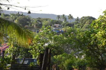 countryhorizons_tonga_village
