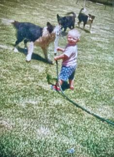 countryhorizons_backyardfun_hannahbilliyjoeybess_circa1992