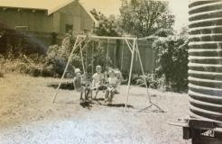 countryhorizons_backyardfun_hillstcirca1973
