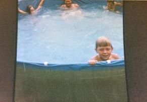 countryhorizons_backyardfun_minhalacirca1975